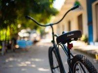 estela y la bici