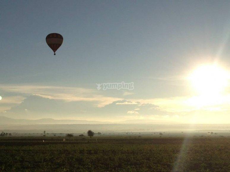 Flights at dawn in Huamantla