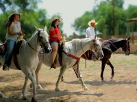 Horseback riding in Ezquiel Montes