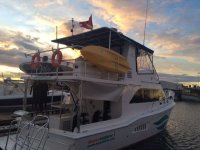 boat mayan dive