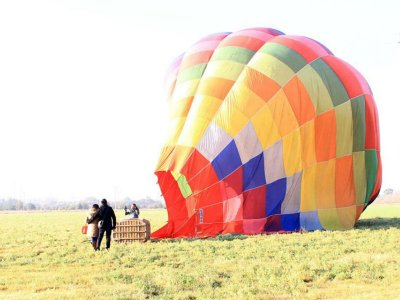 Balloon flight & accommodation for 2 Teotihuacan
