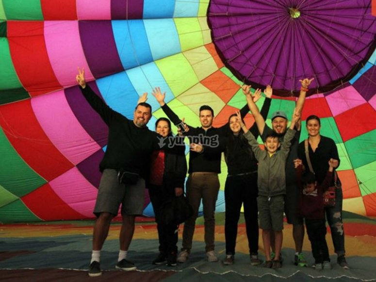 Balloon flight for family