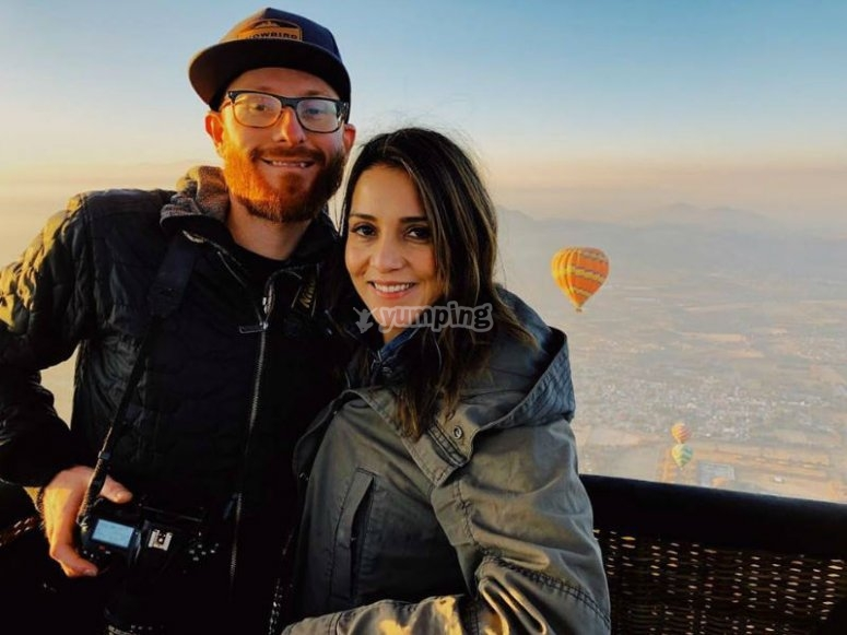 Couple flying for anniversary