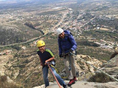 Excursión de escalada en Peña Bernal