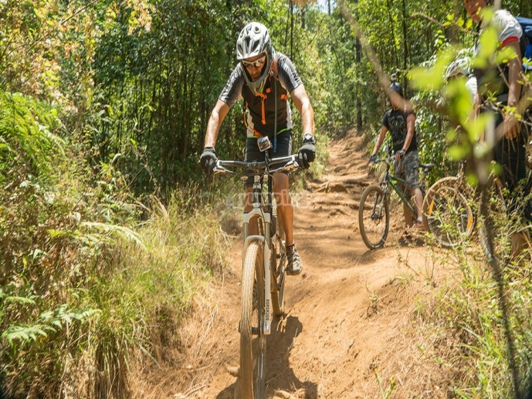 Bicicleta en ruta valle de bravo