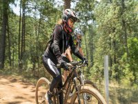 Mountain bike tour across Valle de Bravo