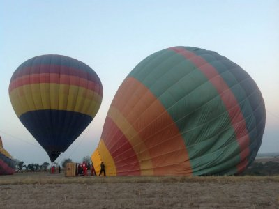 Hot Air Balloon Ride + Lodging + Tour