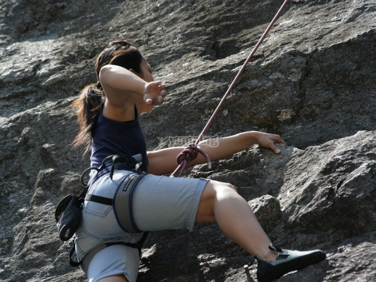 rappel with ropes