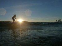 remando olas