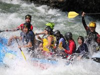 rafting con diversion en rio