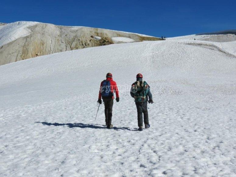 Caminata alta montaña