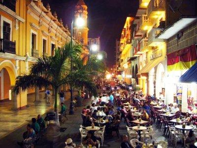 Night tour in Veracruz city