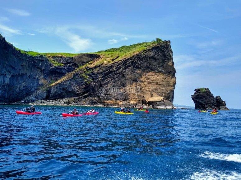 Recorre la bahía de Roca Partida y deléitate con las vistas
