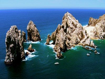 Boat trip to visit Arco Los Cabos
