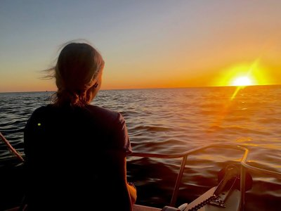 Nautical Boat Trip at Sunset in Los Cabos, 2h