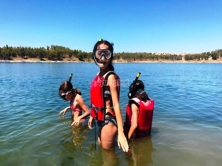 Inmersiones con el equipo de snorkel