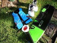 Equipo de wakeboard preparado