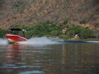 Lancha Laguna Santa Maria del Oro