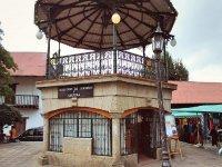 Walk through the center of huasca de ocampo