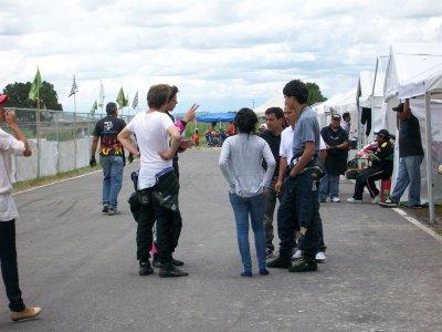 Go karts de 7 a 10 personas 4 horas en circuito