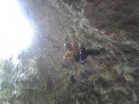 Ascendiendo la gruta