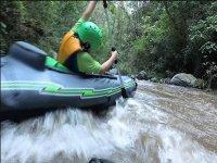 kayak por el rio