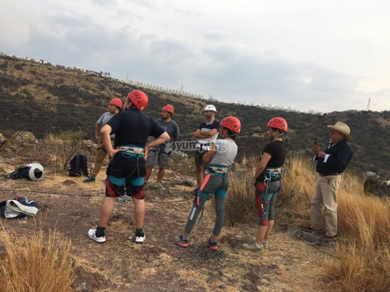 Climbing and rappelling classes in Querétaro