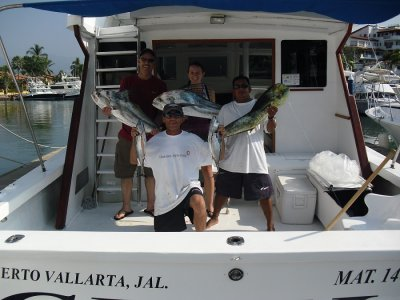 Boat renting. Recreational fishing 8 h.