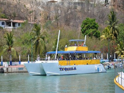 Sea tour for 7 hours around Huatulco