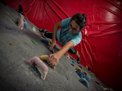 Climbing Wall and Slippers Hiring in Cancún