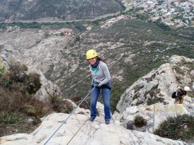 5h 100m abseiling in Peña Bernal