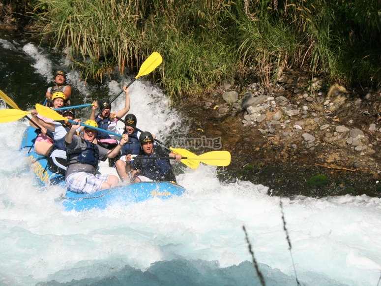 DIVERSION EN RIO, rafting
