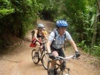 Ciclismo en la selva