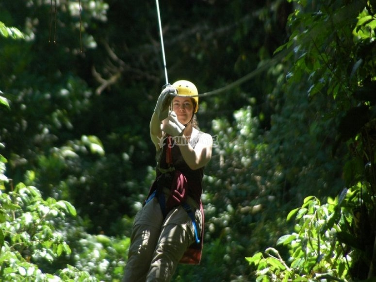 Zip-line in Huatulco