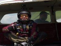 Listo para saltar en paracaídas