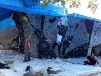 climbing in boulder