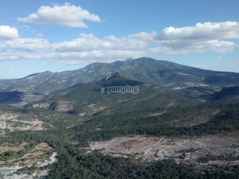 Witness the mountain views of León