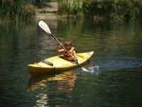 Learn kayaking