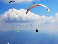 Paragliding in Valle