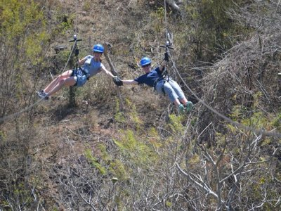 12 zip wires circuit, Veranos