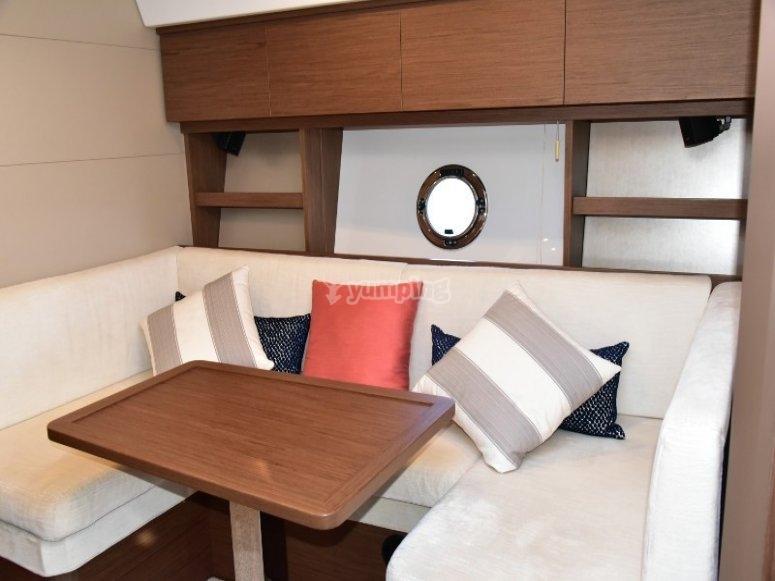 Sala en el barco Cancún