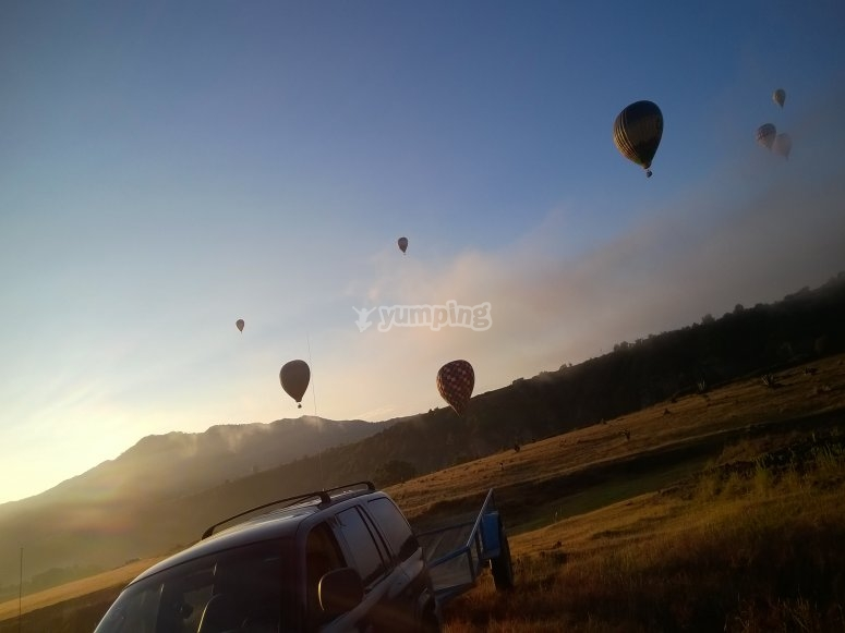 Take off early in the balloons in Ometusca