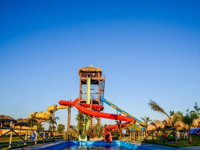 El Chorro park admission for adults + zip-lines