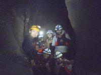 entre cavernas