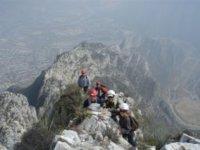 Ventureros en cumbres