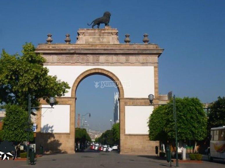 guanajuato arch