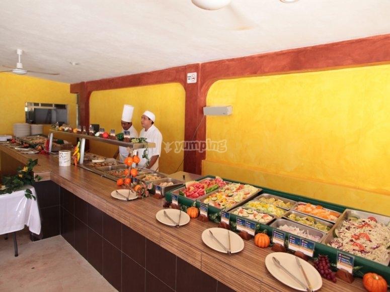 barra libre y comida buffet