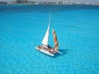 Oferta Paseo catamar�n a Isla Mujeres y snorkel