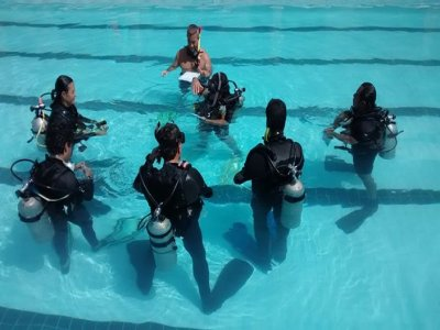 Open Water Diver intensive course in Mexico City