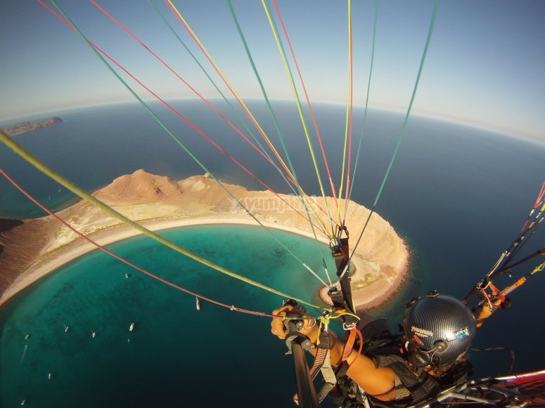 Paramotor over the waters of Acapulco